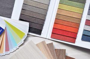 Valutazione dei colori per progetto di interior design